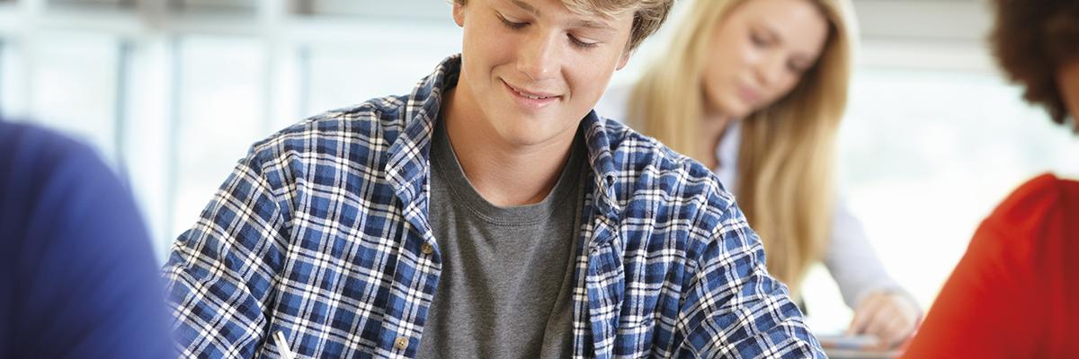 Pelastakaa Lasten kysely: lähes 60 prosentille toisen asteen opintojen kustannukset ovat aiheuttaneet taloudellisia haasteita