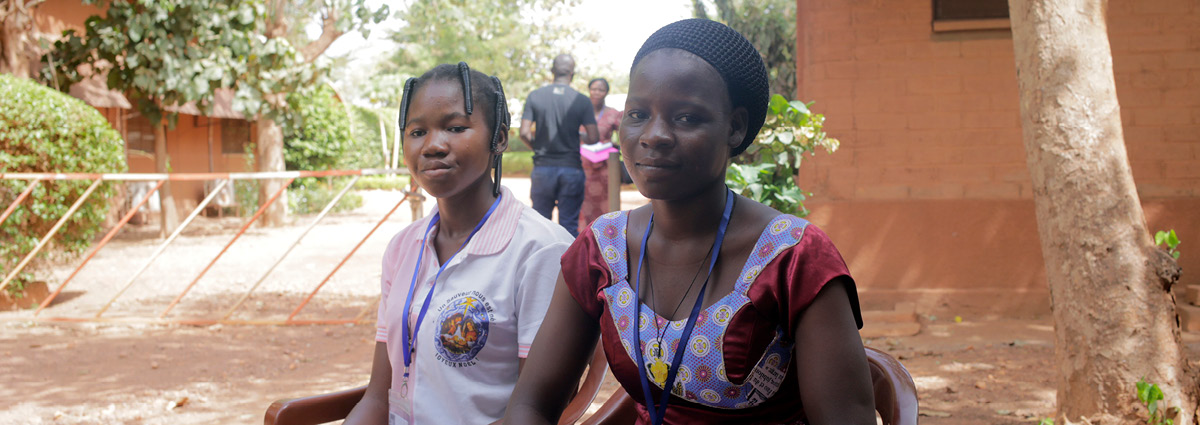Loppu lapsiavioliitoille Burkina Fasossa