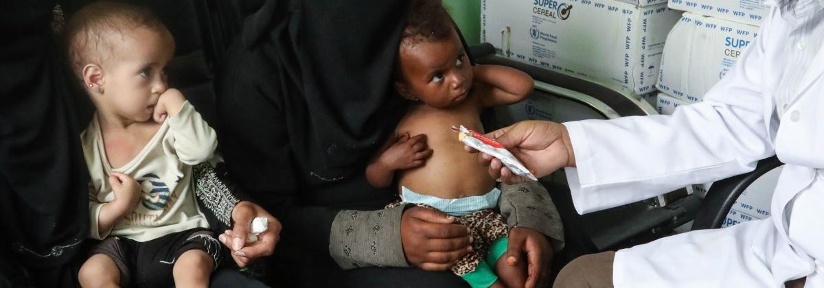 Kymmenet tuhannet jemeniläislapset ovat nälänhädän partaalla