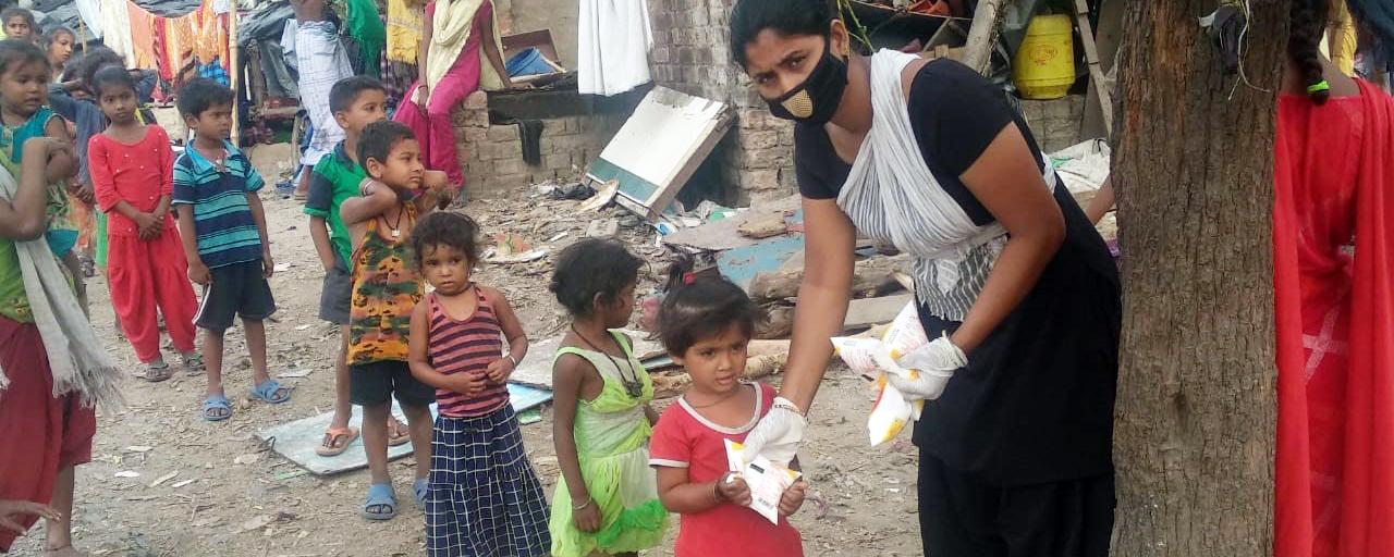 Suuri huoli nuorista lapsista ja raskaana olevista naisista Intian koronakriisin keskellä