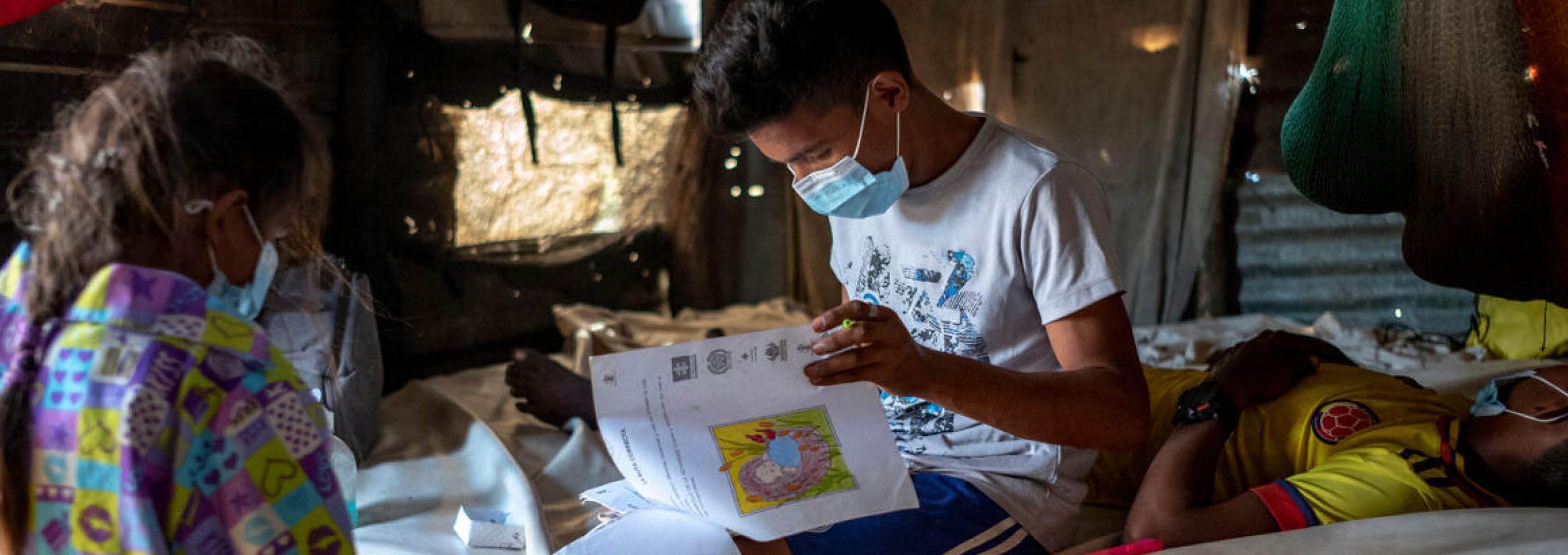 Utan brådskande åtgärder hotas utbildningen av kollaps i vart fjärde land i världen – Rädda Barnen